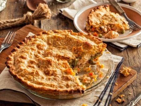 Солен пай с пиле и зеленчуци на фурна - снимка на рецептата